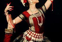 dance / by Aleksandra Solovyova