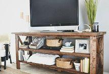 DIY Furniture / by Dawna Walther