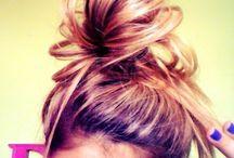 Hairstyles / by Alyssa Chandonnet