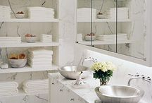 Dream Bathroom / by Michelle Laverdiere