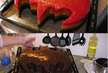 Designing Cakes / by Elizabeth Brosnan