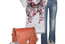 <3 Fashion / by Angela Hernandez