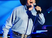 Garth Brooks / All things Garth Brooks!!!! / by Joanne Ellis