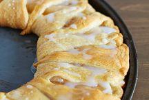 Breakfast foods / by Julie Freriks