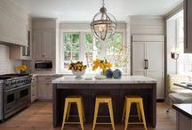 Dining & Kitchen / by Betsy Edwards