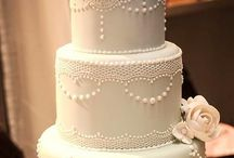 Wedding Cakes / by Emmaleigh Hoard