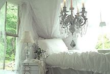 Bedroom / by Johanna Patrice