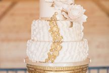 Wedding cakes / by Marissa Meyer