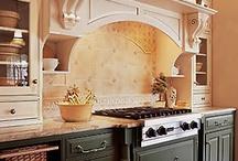 Charming Kitchens / by Caro Wilson