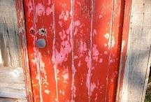 We <3 Doors / by Choix