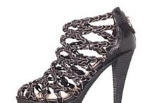 Shoes for the season / by Daniela Gouveia