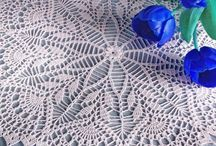 thread crochet/ doilies / by Linda Mitzner