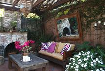 perfect outdoor spaces / by Anne Harwell McElhaney