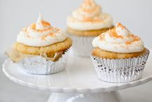 Cakes, cupcakes & muffins / by Claire Pingel