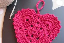 Knit /Crochet Squares, Motifs & Flowers / by Kiirsi Hellewell