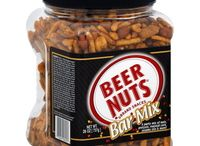 Total Wine Loves Beer Snacks / Yummy snacks to pair with your favortie beer!