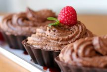 Desserts | Chocolate / by Jennifer Fowler