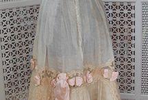 antique/vintage dress / by Misty Villagomez
