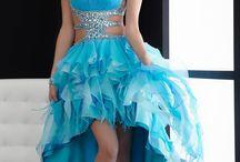 Dresses<3 / Dresses that I like and would wear. / by Beba