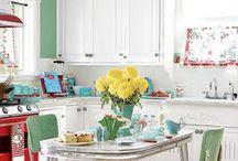 retro kitchen / by Amelia Selmer