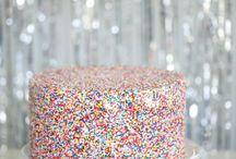 Sprinkles & FUNfetti / All things sprinkly :-) / by Tina Baxter (Cake Bar Ltd)