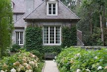 Exterior Ideas / by Carrie Knight