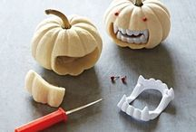 halloweeny stuffs / by Lisa Pender