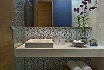 R&C ensuite bathroom / by Suna Lock