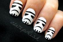 Nails / by Ana Graf