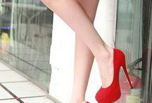 Sapatos / by Dani Naza