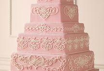 Heart Wedding Cake / by Diane Castro
