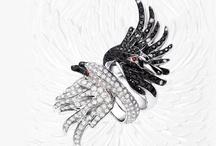 Jewellery ~ Animals / by Carroll Wilson
