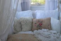 Shabby Chic / by Kimmy Davis