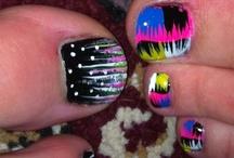 Toe nail designs / by Susie Walker