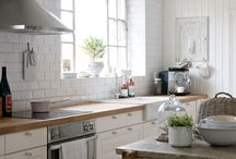 kitchens / by Cindy Veverka