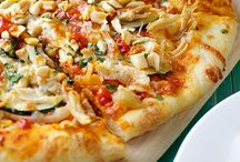 Recipes - Pizzas and pastas / by Jana Coelho