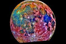 La Lune / by Vanessa Rivard