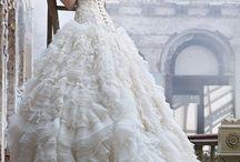 Amazing Dress / by Bunny Burnit