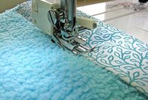 Sewing Quilt Easy/Fast / by Kim Mays