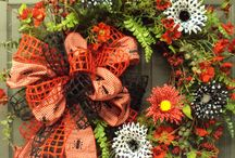 wreaths / by Joyce Heithoff