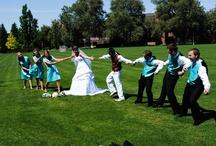 Wedding picture ideas!:) / by Kiersten Wix
