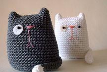 knitting & crochet / by Sandra Villena Lavery
