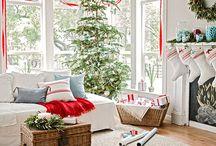 Christmas décor Ideas / by Stacy Sheldon