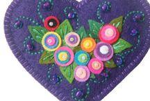 Felt Crafts / by Lynne Hayward