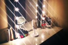 Makeup vanity <3 / by Cassy Bradshaw