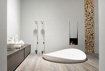 Bathrooms / by Diana Doub