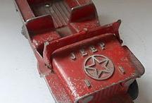 Vintage Jeep al-toy / by Amy Draskovich