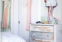 Shabby Rooms / by Nancy Sutton Lindblom