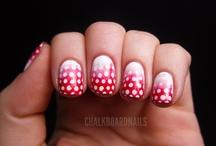 nails & makeup / by Daintycakes