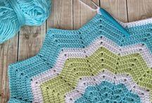 Couverture en crochet et en tricot / by Dorra Turki